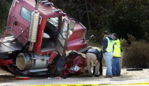 Tractor-Trailer-Wreck-TN